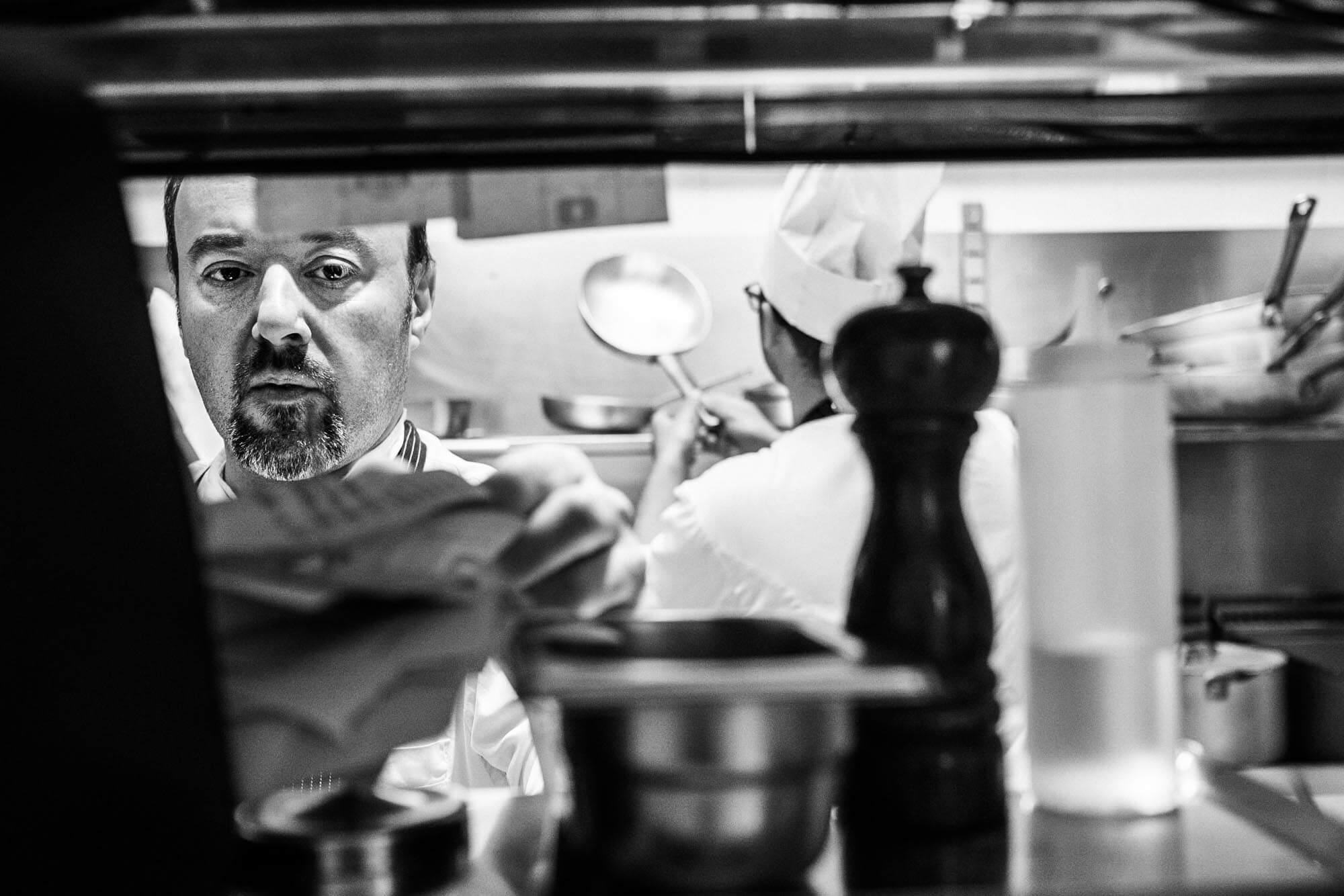Reportage in cucina presso il ristorante La Piola di Alba (CN)